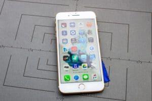 מכשיר אייפון 8